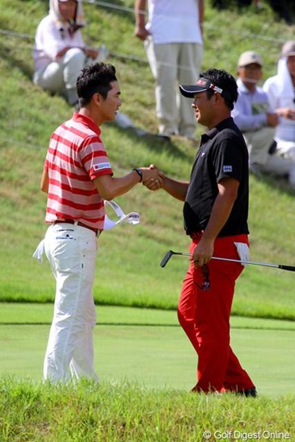 惜しくも勝利を逃した薗田峻輔とキム・ヒョンソン