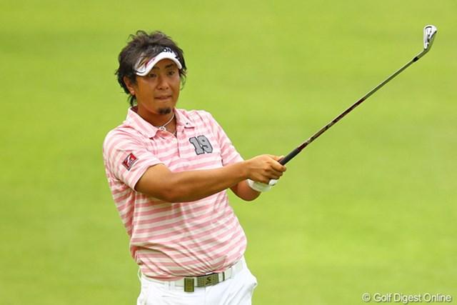 2012年 VanaH杯KBCオーガスタゴルフトーナメント 初日 塚田陽亮 アジアと日本での戦いを掛け持つ塚田好宣(よしのぶ)とはお間違えなきよう。塚田陽亮(ようすけ)です