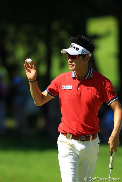 2012年 VanaH杯KBCオーガスタゴルフトーナメント 最終日 金亨成 1番で幸先良くバーディスタート!