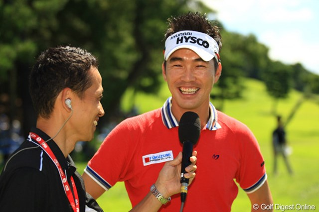 2012年 VanaH杯KBCオーガスタゴルフトーナメント 最終日 金亨成 いつもサングラスを掛けてプレーしているヒョンソン。素顔は可愛い感じですよ。日本ツアー初優勝でリベンジ達成!おめでとう!