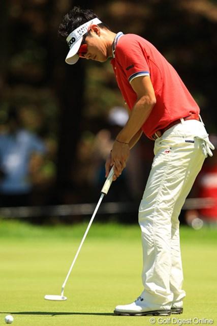 2012年 VanaH杯KBCオーガスタゴルフトーナメント 最終日 キム・ヒョンソン 貞方章男とのマッチレースを制し、悲願の日本ツアー初勝利を手にした。