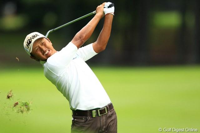 2012年 フジサンケイクラシック 初日 岩田寛 ツアーを戦う仲間たちからも「どうして勝てない?」と言われる選手の一人。岩田寛が好発進。
