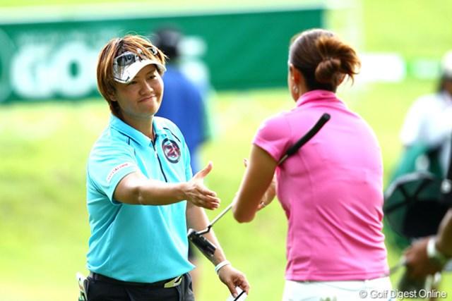 2012年 ゴルフ5レディスプロゴルフトーナメント 初日 福田裕子 混戦を一歩抜け出して6アンダー単独首位スタートをきった福田裕子