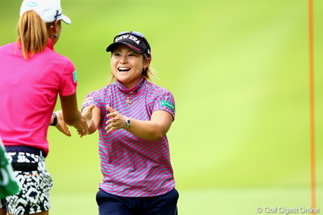 2012年 ゴルフ5レディスプロゴルフトーナメント 初日 馬場ゆかり 一時トップに並ぶスコアでナイスゲーム!