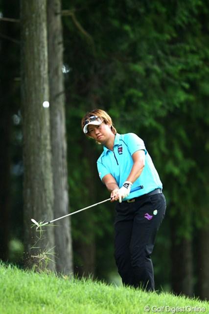 2012年 ゴルフ5レディスプロゴルフトーナメント 初日 福田裕子 混戦を抜け出し単独トップに、6アンダー