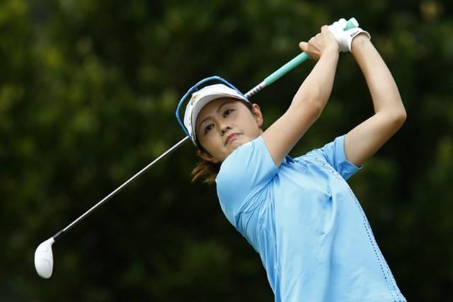 「週刊ゴルフダイジェスト」(2012年9月18日号)諸見里しのぶ 諸見里しのぶはロフト22度、25度の2本を駆使して攻める