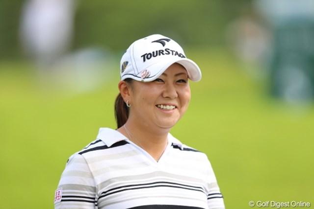 2012年 日本女子プロゴルフ選手権大会コニカミノルタ杯 初日 佐伯三貴 いつも僕と目が合うと「どうせ変な事書くんでしょ!」って当てられるんだなぁ。