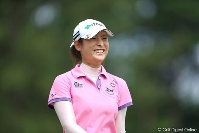2012年 日本女子プロゴルフ選手権大会コニカミノルタ杯 初日 山本亜香里 タラオCC所属だけど笑顔とは裏腹な結果になってしまったのね。