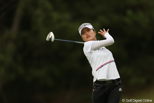 2012年 日本女子プロゴルフ選手権大会コニカミノルタ杯 2日目  ジャン・ウンピ 4打目ー!ってやってる訳じゃないわよ。