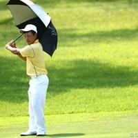 スーツ姿だったらサラリーマンの傘素振り 2012年 TOSHIN GOLF TOURNAMENT IN 涼仙 2日目  藤本佳則