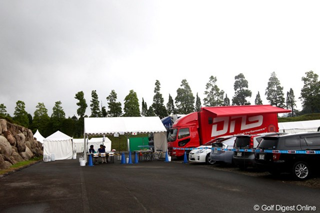 2012年 TOSHIN GOLF TOURNAMENT IN 涼仙 3日目 ギャラリーゲート ギャラリーがだ~れもいません