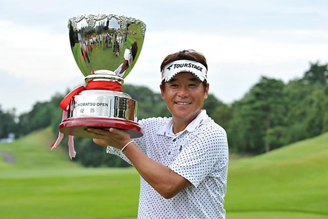 開幕戦以来となる今シーズン2勝目!尾崎直道は3ホールにわたるプレーオフを制した。
