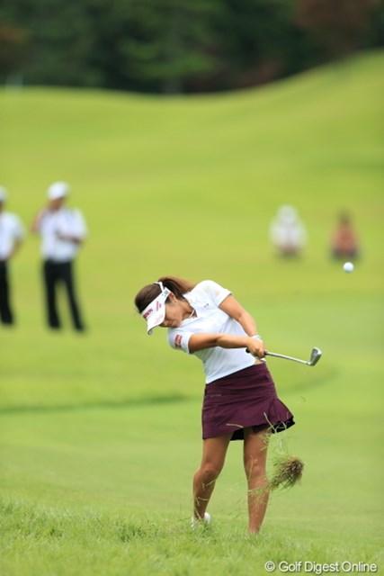 2012年 日本女子プロゴルフ選手権大会コニカミノルタ杯 3日目 藤本麻子 やっぱり女子にはこのラフきついんですね。