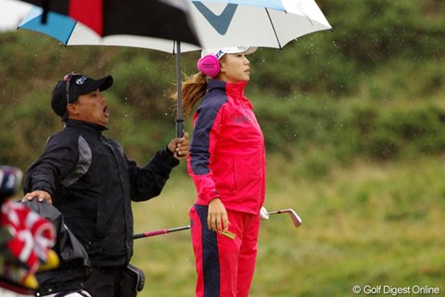 2012年 全英リコー女子オープン 事前情報 上田桃子 フェアウェイから打ってもグリーン面は見えない場所が多い。ジャンプして、見えた?