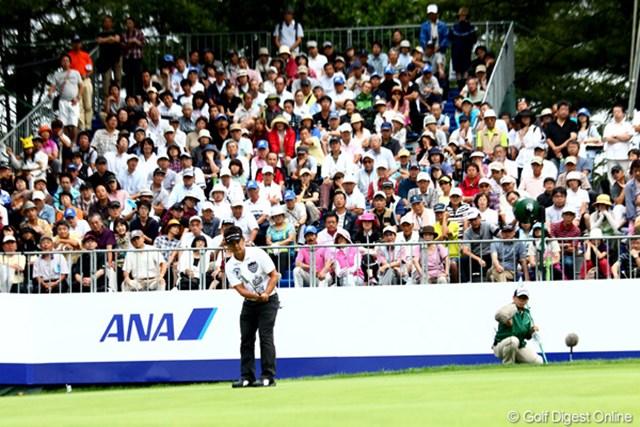 2012年 ANAオープンゴルフトーナメント 最終日 藤田寛之 18番、第3打。ほぼ優勝を確実に・・・