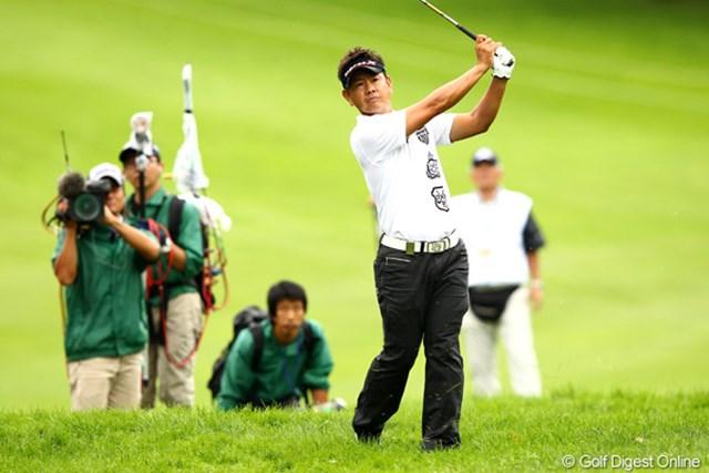 2012年 ANAオープンゴルフトーナメント 最終日 藤田寛之 18番セカンドショット、洋芝はなかなか難しいらしいです