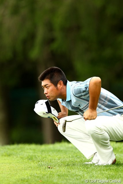 2012年 ANAオープンゴルフトーナメント 最終日 池田勇太 帽子を取ってライン読み