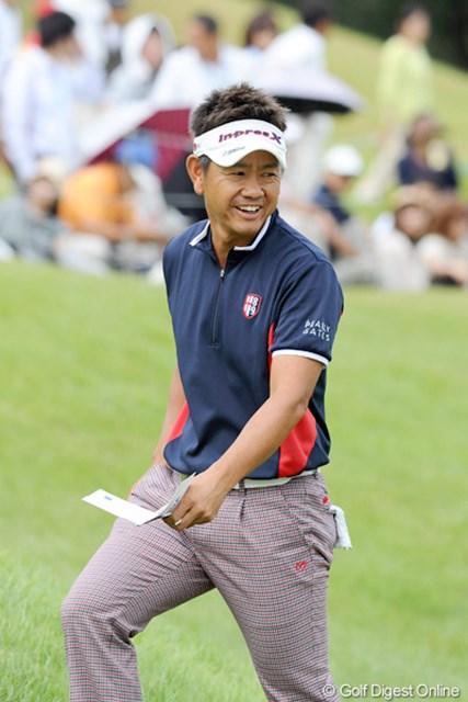 2012年 アジアパシフィックオープンゴルフチャンピオンシップ パナソニックオープン 初日 藤田寛之 あの有村智恵様がお手本にしているというが、ナイスミドルになった藤田君です。2週連続Vに向けて7バーディ、ノーボギーで「ご満悦」。2位T