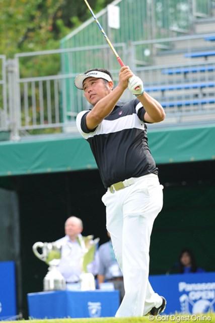 2012年 アジアパシフィックオープンゴルフチャンピオンシップ パナソニックオープン 初日 小田龍一 歳は上やけどユータを師匠とあがめるリューピンです。師匠の活躍に影響を受けたんでしょうか、5アンダースタートです。身体はいかついですが、真面目なエエ男です。