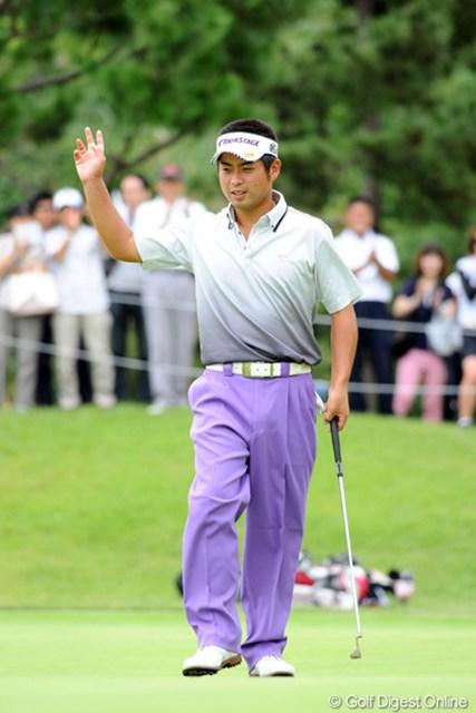 試合前日に完全休養をとりリフレッシュした池田勇太が単独首位スタート