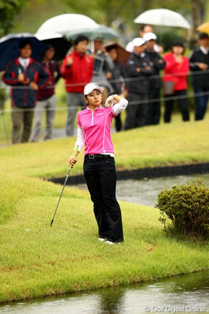 斉藤愛璃/ミヤギテレビ杯ダンロップ女子オープン最終日 最終18番は池に入らずラッキー。4アンダー15位タイフィニッシュ
