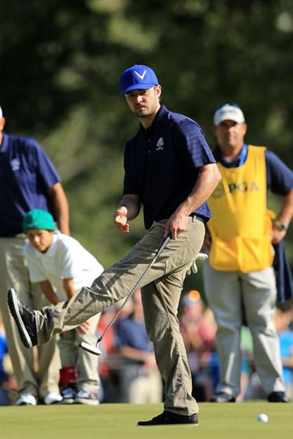 大会ホストのティンバーレイクは大のゴルフ好きと知られ、ゴルフイベントには引っ張りだこだ。※2012年「ライダー・カップ」キャプテン&セレブリティスクランブル(David Cannon/Getty Images)