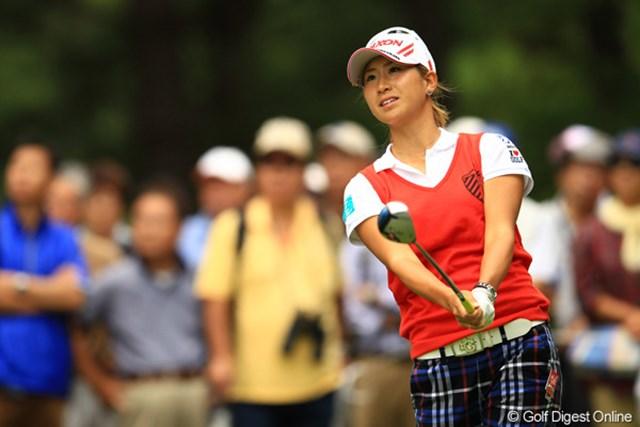 2012年 日本女子オープンゴルフ選手権競技 2日目 木戸愛 一時は首位を快走。首位に1打差の単独2位で決勝ラウンドを迎える木戸愛