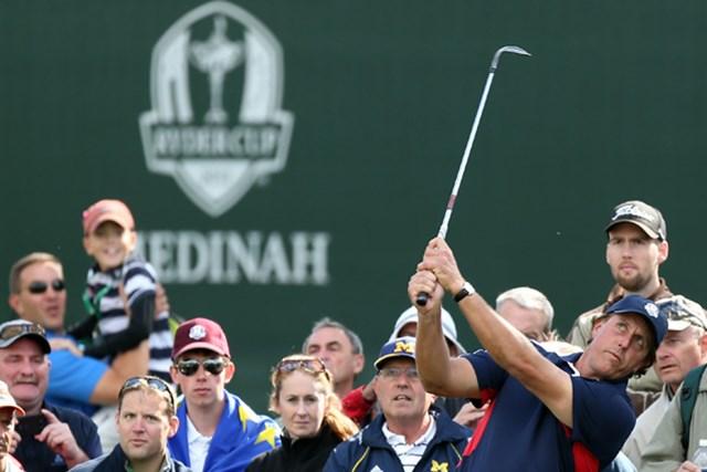 2012年 ライダーカップ フィル・ミケルソン 2012年のライダーカップがいよいよ開幕!その代表争いにも、掘り起こせば数々のドラマがある。(Andy Lyons/Getty Images)
