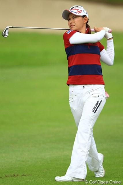 2012年 日本女子オープンゴルフ選手権競技  3日目  横峯さくら ショットに久々の手応えを口にした横峯さくら。復調への糸口を掴めるか