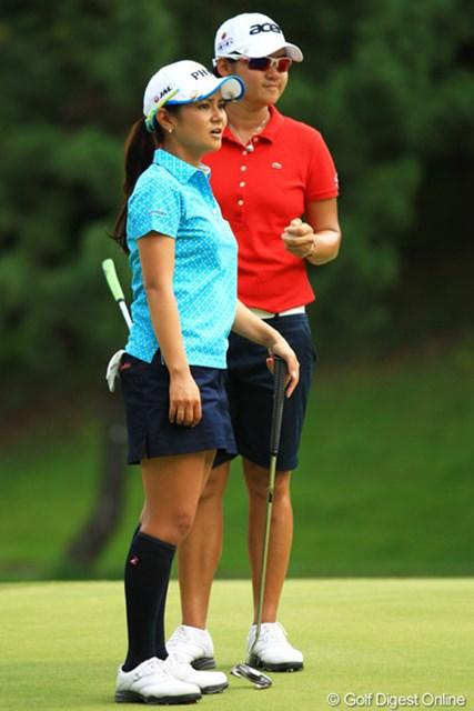 2012年 日本女子オープンゴルフ選手権競技  3日目 宮里藍&ヤニ・ツェン ここまで宮里藍と美香の引き立て役に回っているヤニ・ツェン。自身の本領発揮も見てみたい