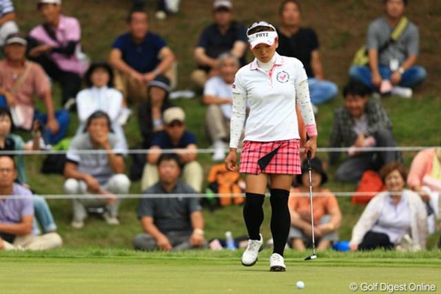 2012年 日本女子オープンゴルフ選手権競技 最終日 有村智恵 ショートゲームのミスを反省点に挙げる有村智恵。来週半ばに渡米、米ツアー挑戦の第一歩を踏み出す