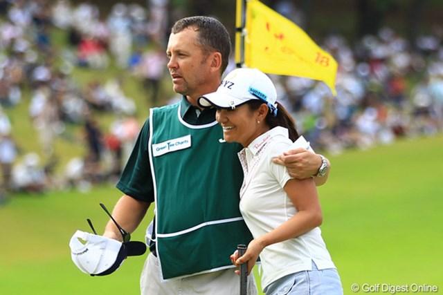 今日は残念ながらノーバーディのゴルフ。また次回、日本の試合で優勝シーンを見せてくれる事でしょう。