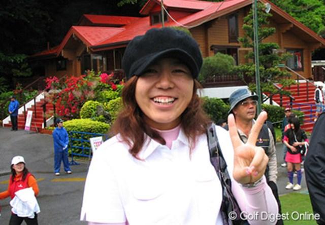 突然コースに現れた宮里美香。仲良しの森田理香子の応援に駆けつけた