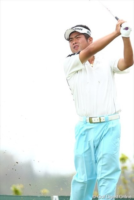 中盤以降にスコアを整えた池田勇太が、逆転勝利へ望みをつないだ。