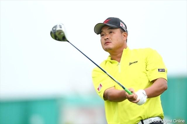 「平塚さんといいゴルフができた」と最終組で回った小田孔明。2打差逆転を狙う。