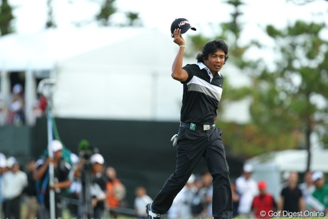2012年 日本オープンゴルフ選手権競技 最終日 ジュビック・パグンサン 帽子脱ぐと意外とかわいいじゃないか。