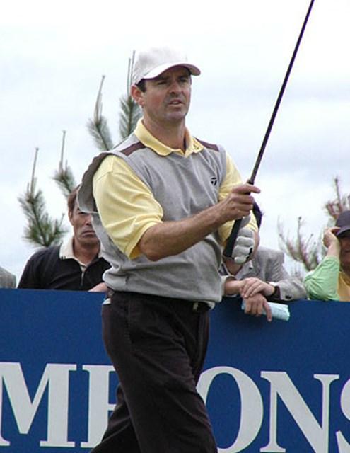 2002年 日本プロゴルフ選手権大会 初日 リチャード・バックウェル 3アンダーのR.バックウェル