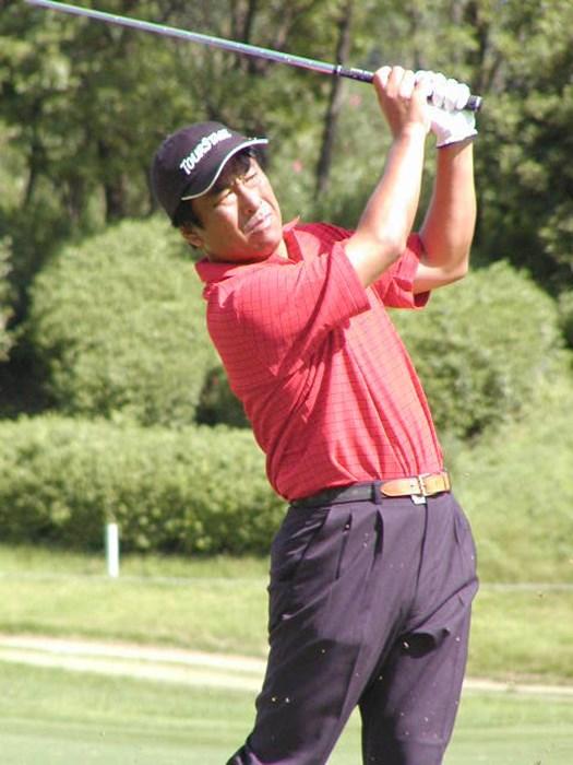 今週はアイアンが冴えた 2002年 久光製薬KBCオーガスタゴルフトーナメント 最終日 湯原信光