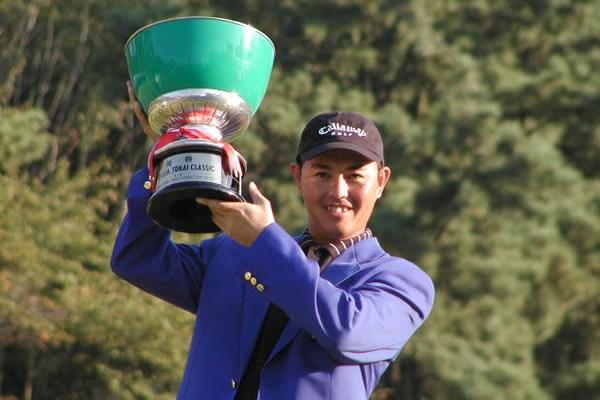 自身初の2試合連続優勝で、谷口徹が賞金争いでもトップに浮上!