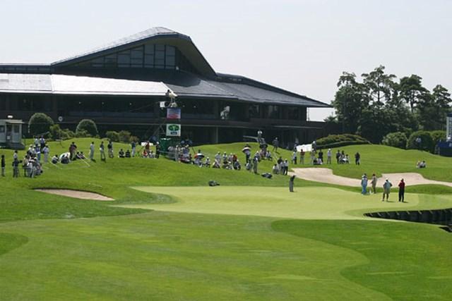 2002年 日本ゴルフツアー選手権イーヤマカップ 初日 18番ホールグリーン