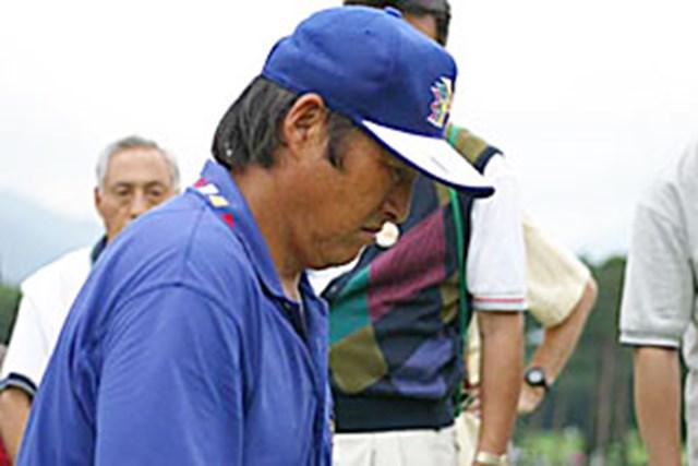 2002年 日本ゴルフツアー選手権イーヤマカップ 3日目 尾崎将司 尾崎将司バック9へ移動中