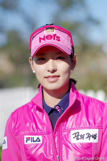 2012年 LPGAハナバンク選手権 事前情報 キム・ジャヨン 写真では伝わりにくいが、メディア対応も丁寧で優しい雰囲気で好感が持てるキム・ジャヨン