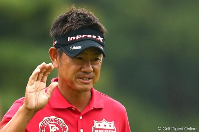 賞金ランキングで首位に立つ藤田寛之が初日から単独首位に立った