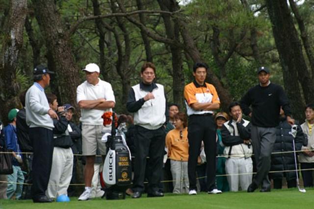 2002年 ダンロップフェニックストーナメント 事前情報 青木功 佐々木主浩 松岡修造 タイガー・ウッズ 4人の平均身長は185センチを超える。名前だけじゃない、サイズもビッグな顔ぶれとなった。