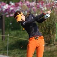 ひときわ細い!韓国で今、一番人気だそうですよ。 2012年 LPGAハナバンク選手権 初日 キム・ジャヨン