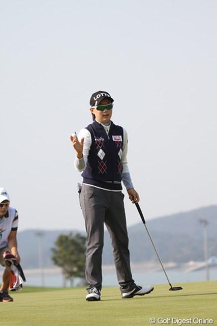 2012年 LPGAハナバンク選手権 初日 キム・ヒョージュ プロデビュー戦でさらりと4アンダーはさすがです