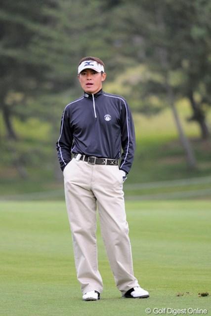 ズボンをここまでハイ・ライズ(?)に履きこなせるんは、この人と横尾要ちゃんだけやと思います。ナイス!9位T