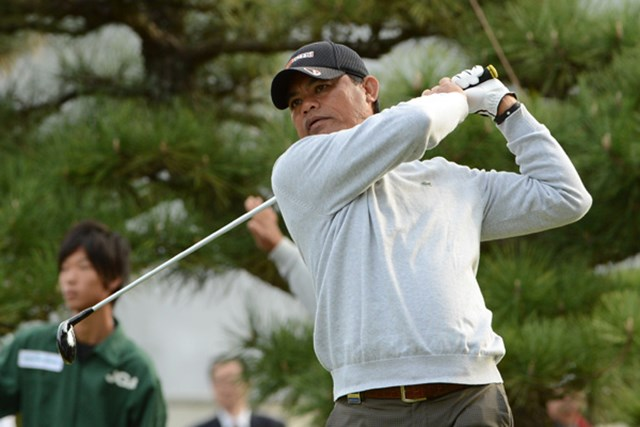 2012年 日本シニアオープンゴルフ選手権競技 初日 フランキー・ミノザ メジャータイトルを狙い単独首位スタートを切ったF.ミノザ(提供:日本ゴルフ協会)