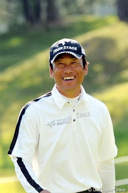 2012年 マイナビABCチャンピオンシップゴルフトーナメント 2日目 岡茂洋雄 マンデー通過の岡茂洋雄が6アンダー11位タイで決勝ラウンド進出
