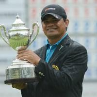 消耗戦、混戦を制したF.ミノザが逆転でビッグタイトルを手にした。(提供:日本ゴルフ協会) 2012年 日本シニアオープンゴルフ選手権競技 最終日 フランキー・ミノザ